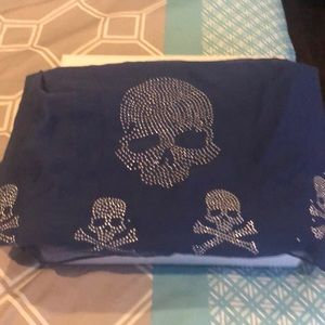Accessories - Women's skull scarf